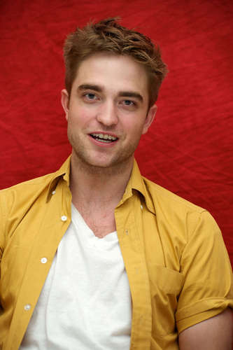 Robert Pattinson wallpaper titled Rob portraits 2010