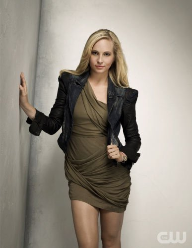 http://images4.fanpop.com/image/photos/15000000/TVD-Season-2-Caroline-the-vampire-diaries-15033270-387-500.jpg