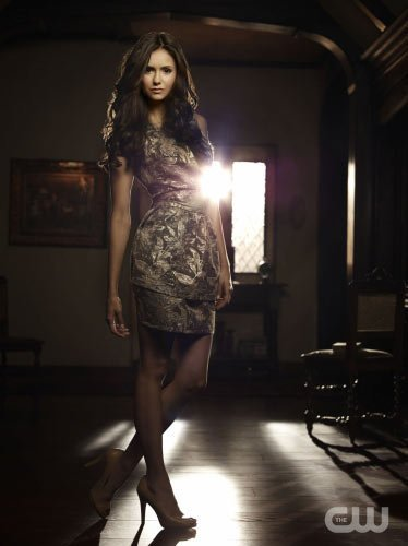 http://images4.fanpop.com/image/photos/15000000/TVD-Season-2-Elena-Katherine-the-vampire-diaries-15033349-374-500.jpg