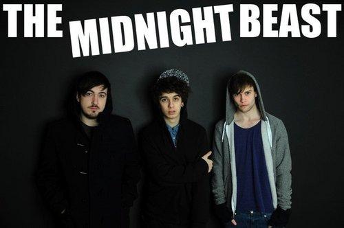 The Midnight Beast :')
