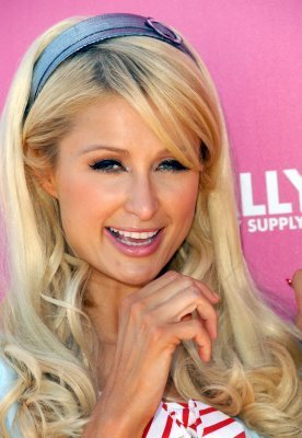 Paris Hilton's My New BFF wallpaper titled paris hilton