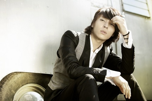 F.T. Island wolpeyper containing a well dressed person and a business suit entitled Choi Jong Hun