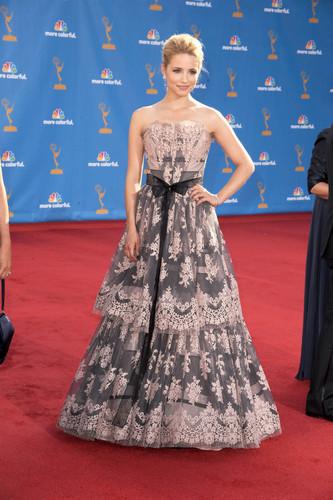2010 Emmy Awards - Arrivals