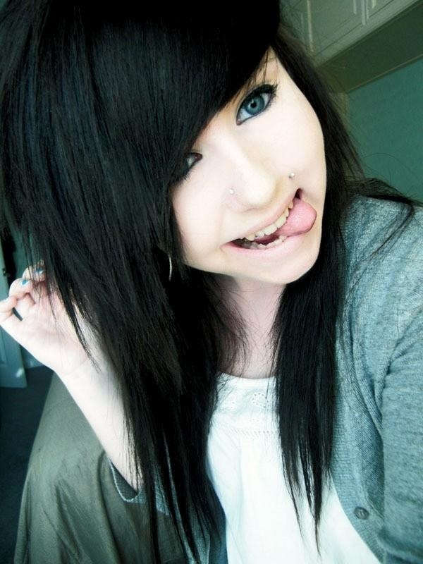 Becca-Louise-emo-girls-15130529-600-800.jpg (600×800)