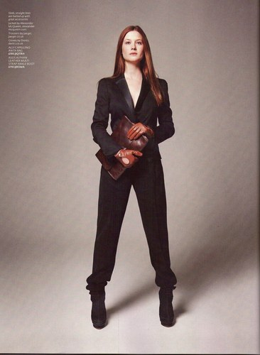 bonnie wright fondo de pantalla containing a well dressed person, a business suit, and a suit titled Bonnie for ASOS Magazine
