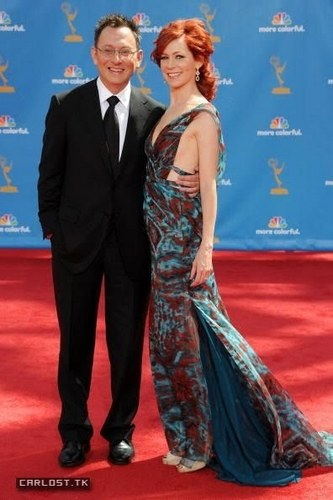 Emmys 2010 - Michael Emerson and Carrie Preston