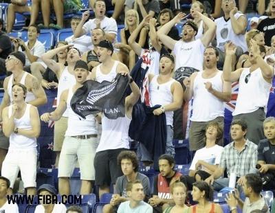 Fans(New Zealand).jpg