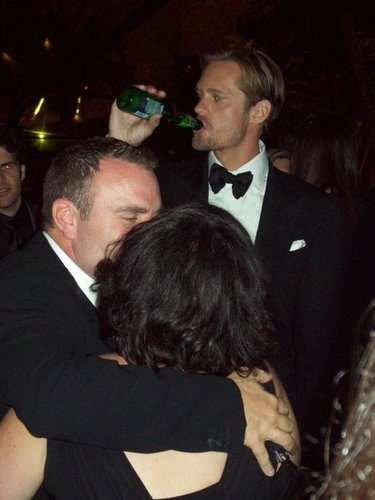 Alexander Skarsgård hình nền entitled HBO Emmys Party