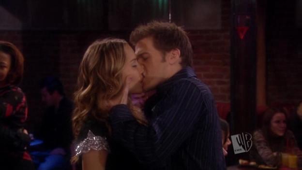 Holly kiss pics