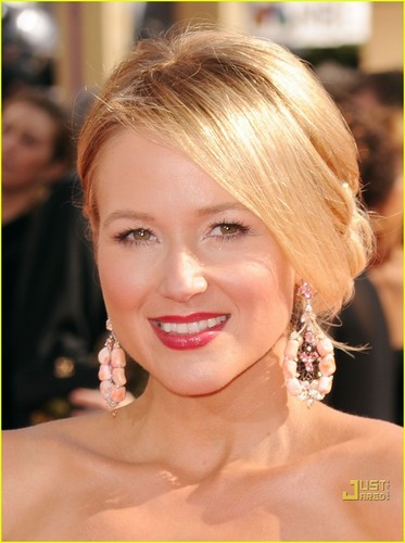 Jewel: Emmys 2010 Red Carpet