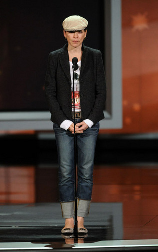 Julianna at Rehearsals for Emmys 2010