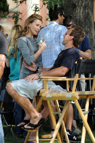 Katie Cassidy and Chace Crawford - Shooting Gossip Girl, August 25th (HQ)