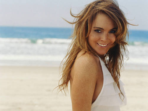 Lindsay Lohan wallpaper probably containing a bikini and skin entitled LiLo