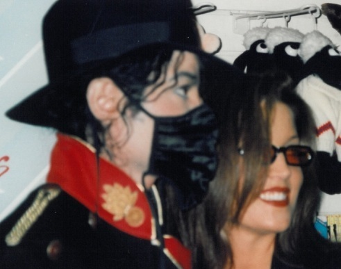 MJ&Lisa after divorce