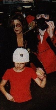 MJ&Lisa after divorce