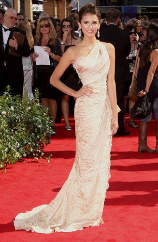Nina @ 2010 Primetime Emmy Awards
