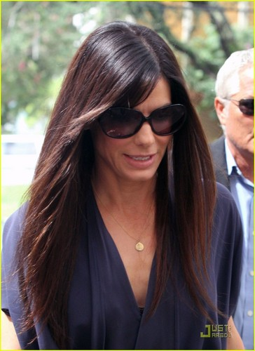 Sandra Bullock Opens A Clinic For New Orleans