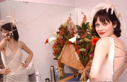 Deschanel wallpaper with a bouquet, a bridesmaid, and a dinner dress entitled Zooey