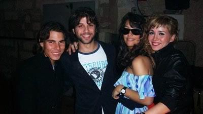rafa and girls in bar