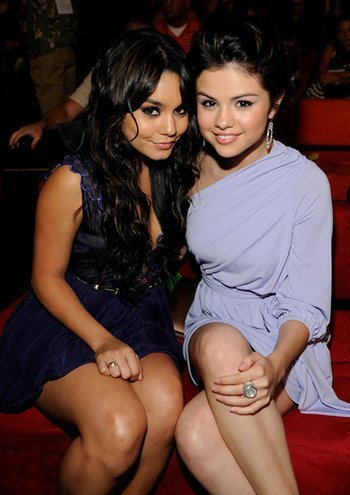 selly and friends