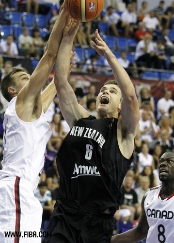 6. Kirk PENNEY (New Zealand) - basketball Photo