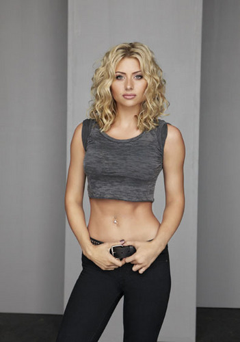 Aly Michalka - hellcats Photo