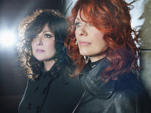 Ann and Nancy Wilson of tim, trái tim