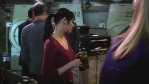 Emily Prentiss Leaving Criminal Minds http://www.fanpop.com/clubs/paget-brewster/images/15200285/title/criminal-minds-emily-prentiss-5x18-fight-screencap