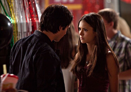 Damon & Elena TVD 2x02 Merida - Legende der Highlands New World