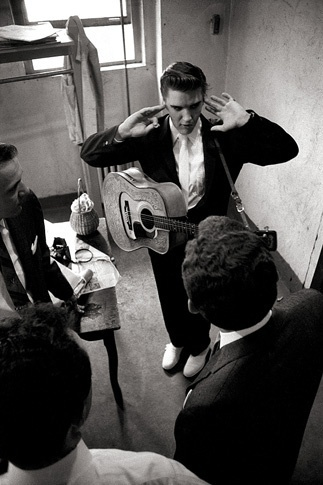 Elvis by Alfred Wertheimer