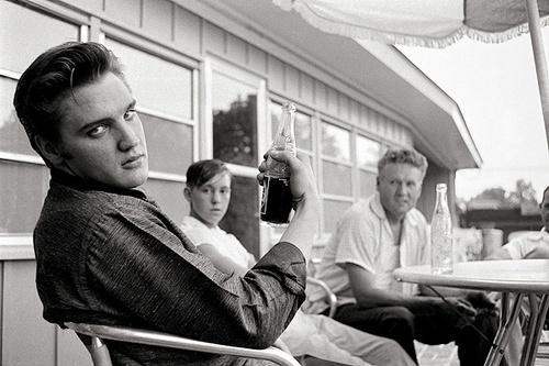 Elvis por Alfred Wertheimer