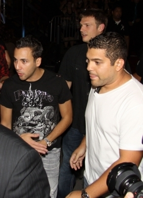 Howie and Nick at Light Ultra Club - Montreal, Canada - 17-08