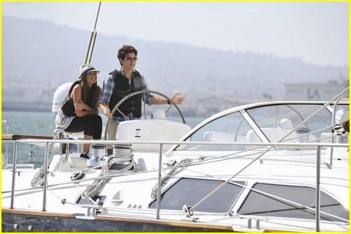 JONAS LA Episode 11: The ボート Trip