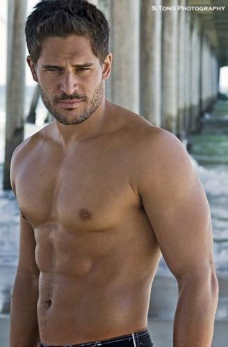 Joe Manganiello 壁紙 with a six pack and a 大きな塊, ハンク entitled Joe