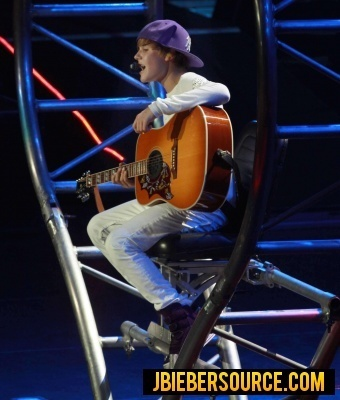 Justin Performing At Madison Square Garden Justin Bieber Photo 15243055 Fanpop