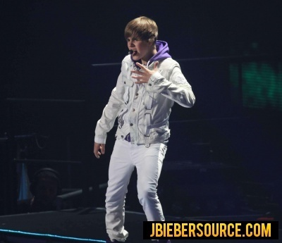 Justin Performing At Madison Square Garden Justin Bieber Photo 15243084 Fanpop