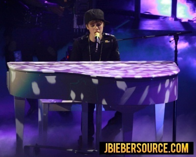 Justin performing at Madison Square Garden