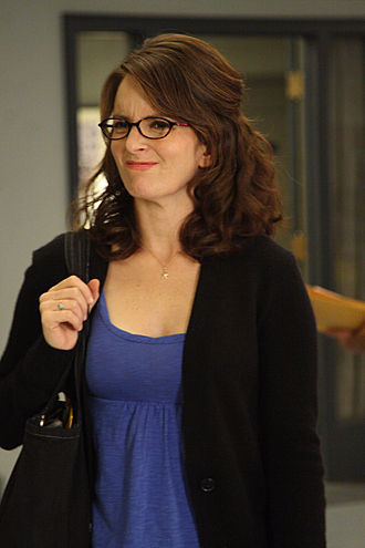 Liz Lemon wallpaper possibly with a well dressed person, an outerwear, and a playsuit entitled Lemon in Cougars