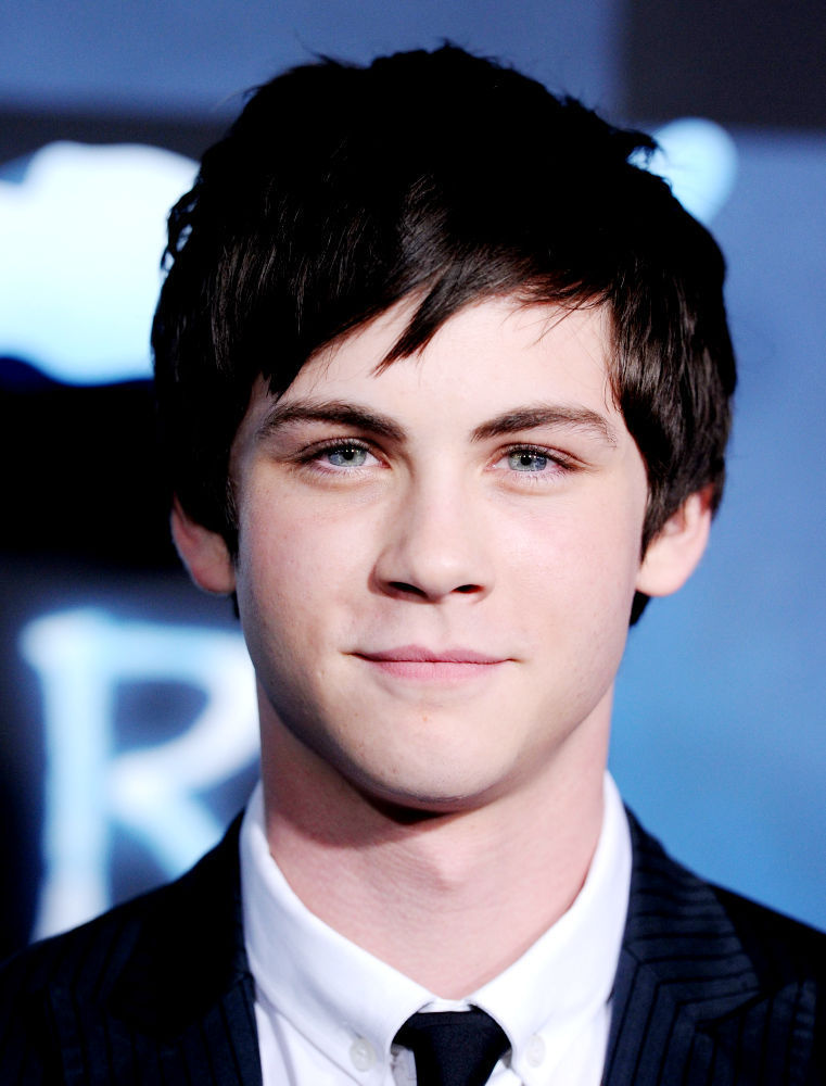 Logan Lerman Logan LermanLogan Lerman