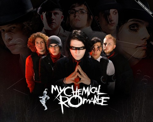 My Chemical Romance Hintergrund possibly containing a sign and a haube entitled MCR