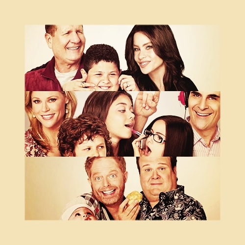 Modern Family S01E17 Truth Be Told HDTV XviD-FQM [eztv]