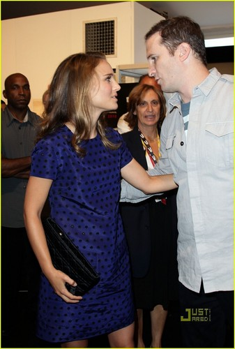 Natalie Portman: HFPA koktel Party with Darren Aronofsky!