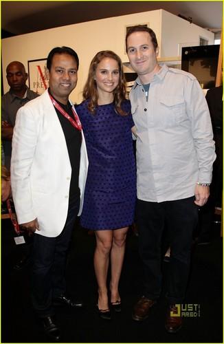 Natalie Portman: HFPA коктейль Party with Darren Aronofsky!