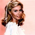 Olivia in Xanadu - olivia-newton-john photo