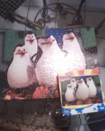Penguins of Madagascar 100 piece puzzle