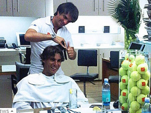 Rafa's visit to a New York hairdressing salon Julien Farel