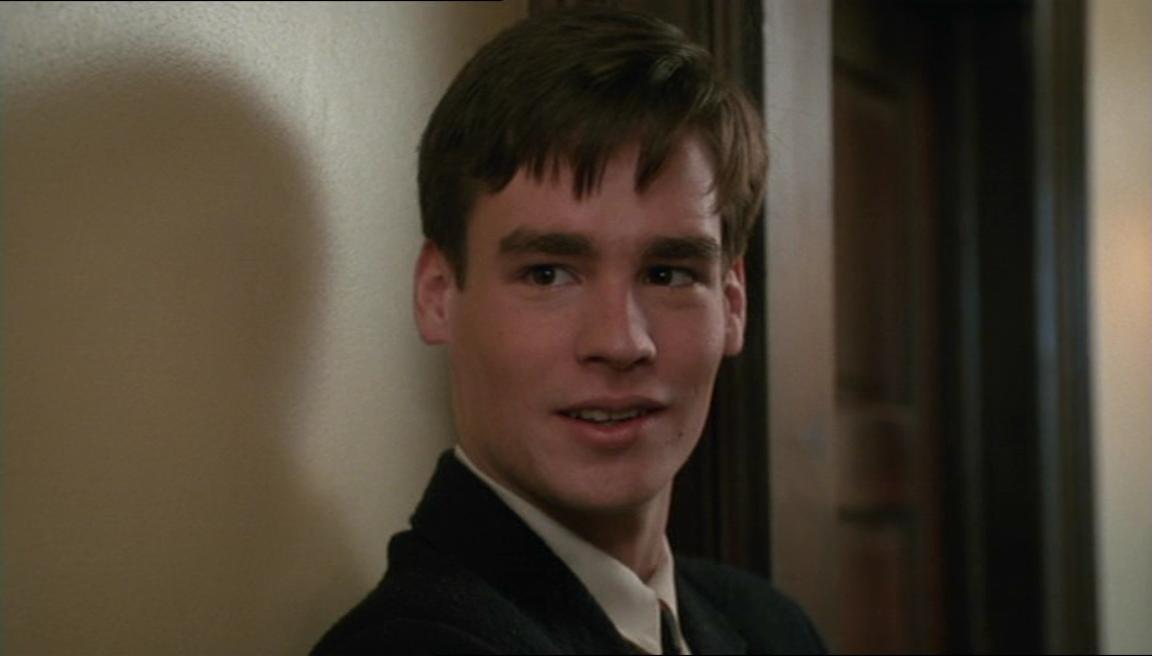 dead poets society neil perry essay English essay: 'dead poet society' by exploring the film, 'dead poets society', directed by peter weir, we come across various types of emotions and.