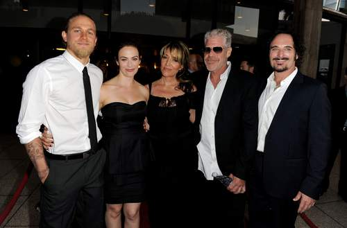 Sons Of Anarchy wallpaper containing a business suit titled Season 3 - Cast at the Premiere