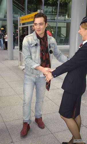 September 4th - Arriving in লন্ডন via Heathrow Airport