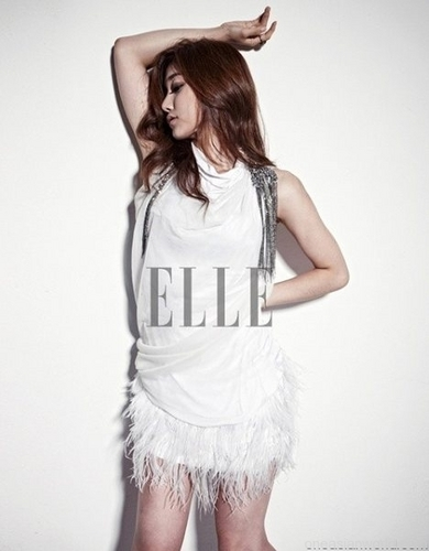 Sera (Leader) for Elle